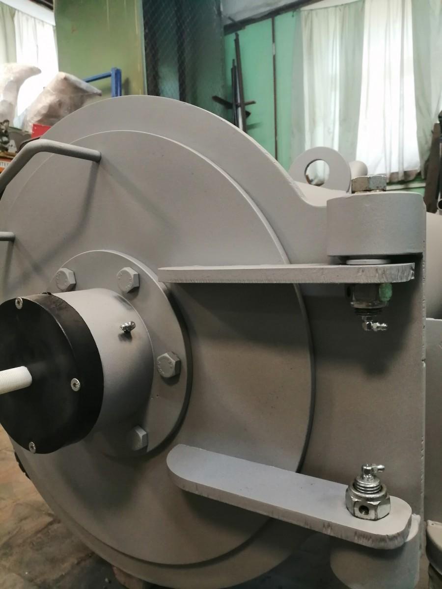 Надежная центрифуга для ковров CLeanMart