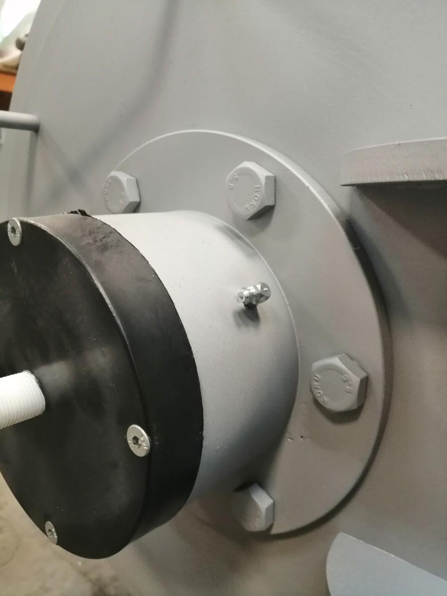 Центрифуга для отжима ковров после стирки